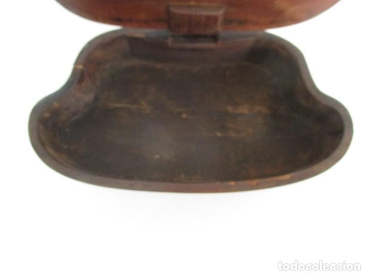 Antigüedades: Curioso Mueble Auxiliar - Soporte para Escupidera - Madera de Caoba - S. XIX - Foto 22 - 218711168
