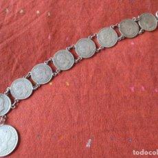 Antigüedades: PULSERA DE PLATA DE LEY. ALFONSO XIII. 8 MONEDAS 50 CENTIMOS. Y UNA DE PESETA. MIDE: 19 CMS.. Lote 218711977