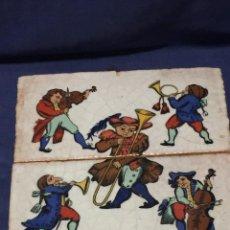 Antigüedades: DOS AZULEJOS GRANDES CERAMICA VIDRIADA MARCA ANDIA MADE IN SPAIN MUSICOS BARROCO 25X25X2CMS. Lote 218741800