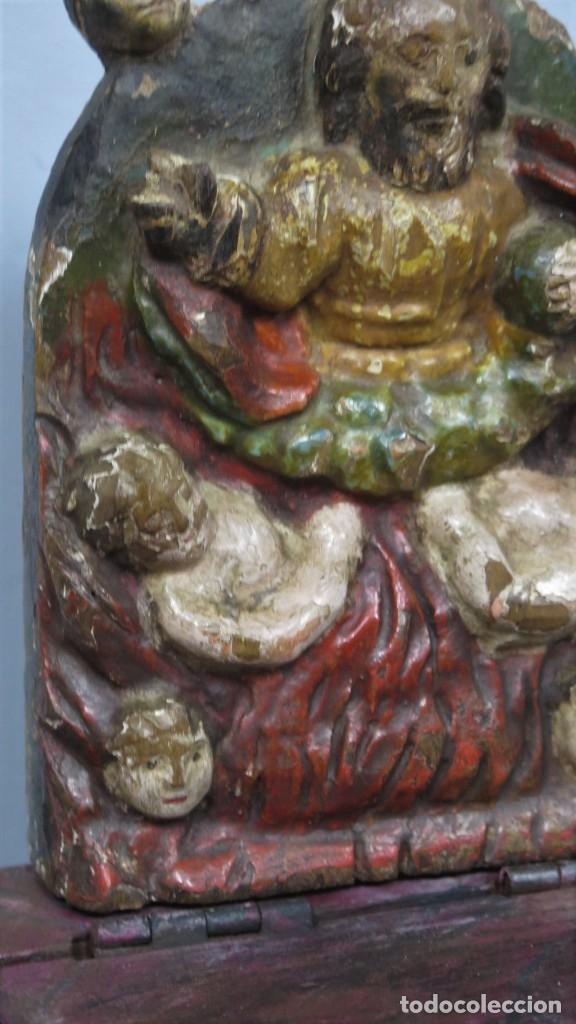 Antigüedades: ANTIGUO LIMOSNERO DE MADERA TALLADA. SIGLO XVIII - Foto 3 - 218758472