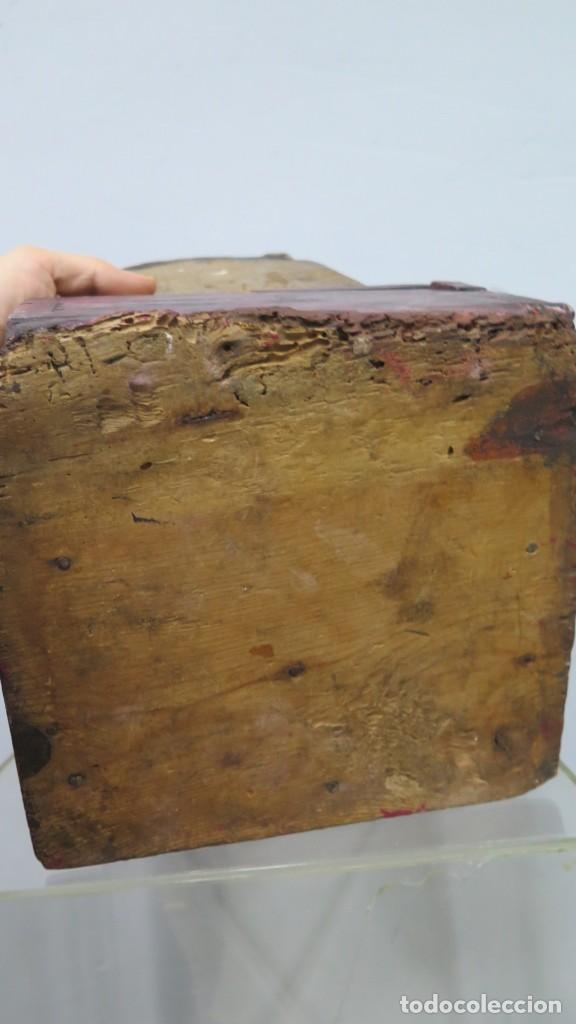 Antigüedades: ANTIGUO LIMOSNERO DE MADERA TALLADA. SIGLO XVIII - Foto 9 - 218758472