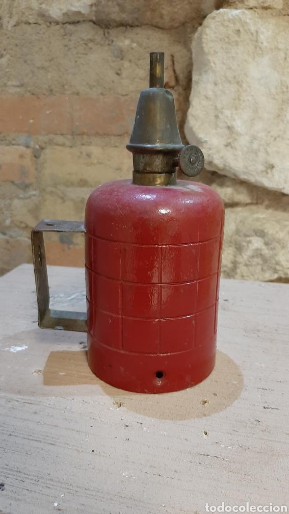 LAMPARA DE PETROLIO LAMPE PIGEON (Antigüedades - Iluminación - Otros)