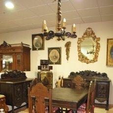 Antigüedades: COMEDOR ANTIGUO TALLADO RENACIMIENTO ESPAÑOL. Lote 218771450