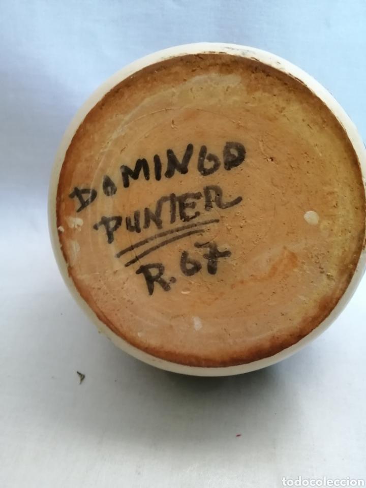 Antigüedades: Bonito Botijo de ceramica antigua domingo punter Teruel firmado - Foto 6 - 218773631