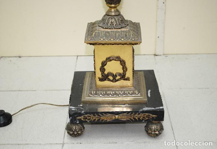 Antigüedades: CANDELABRO ANTIGUO DE PIE EN BRONCE DORADO CON 13 LUCES - Foto 6 - 218774840