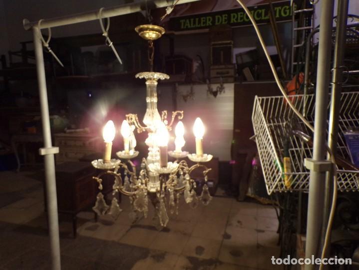 ANTIGUA LAMPARA BRONCE Y CRISTAL CON LAGRIMAS 5 LUCES, FUNCIONANDO (Antigüedades - Iluminación - Lámparas Antiguas)