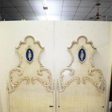 Antigüedades: CAMAS ANTIGUAS DE MADERA TALLADA. Lote 275946508