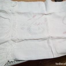 Antigüedades: ** FUNDA DE ALMOHADA DE LINO CON GRANDES INICIALES. (RF:350/*). Lote 234662175