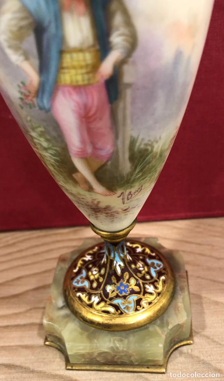 Antigüedades: Precioso Jarron de porcelana de Sevres, y cloissone. Napoleon III - Foto 6 - 218828713