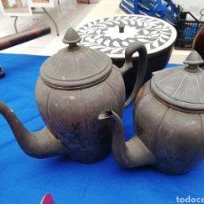 Antigüedades: ANTIGUAS TETERAS O CAFETERAS..... Lote 218903136
