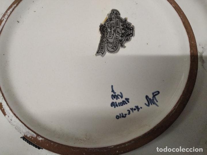 Antigüedades: PRECIOSO PLATO DE CERÁMICA DE ALCORA . 36,5 CM . VALENCIA. TODO UNA JOYA!!!! - Foto 6 - 218947180