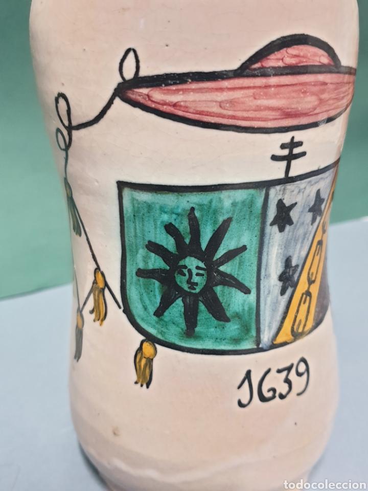 BOTE ALBARELO DE FARMACIA DEL CERAMISTA PABLO SANGUINO DE TOLEDO 20,5 CM (Antigüedades - Porcelanas y Cerámicas - Puente del Arzobispo )