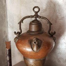 Oggetti Antichi: MUY ANTIGUO BOTIJO / TINAJA / DE COBRE GRUESO. Lote 218992671
