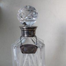 Antigüedades: BOTELLA GIN DE CRISTAL TALLADO Y PLATA DE LEY. Lote 219038011