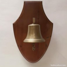 Antigüedades: CAMPANA EN METOPA. Lote 219039050