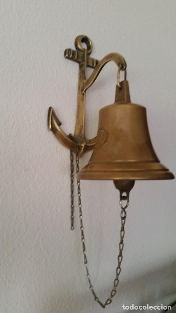 ANTIGUA CAMPANA SELADA COM EL BRAZON DE FAMILIA ,ANO 1824 DE PUERTA DE ENTRADA HECHA EN BRONZE (Antigüedades - Hogar y Decoración - Campanas Antiguas)