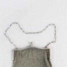 Antigüedades: BOLSO DE MALLA PLATA CA 1890 - A SILVER MESH EVENING PURSE BAG. Lote 219085232