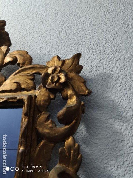 Antigüedades: ESPEJO CORNUCOPIA, MADERA TALLADA A MANO Y PAN DE ORO ESTILO BARROCO SIGLO XIX, TAMAÑO GRANDE. - Foto 5 - 219098446