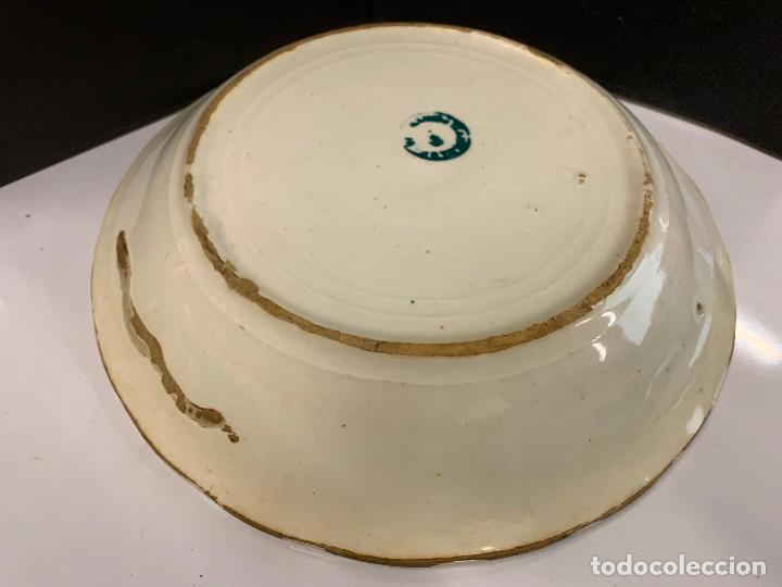 Antigüedades: Antiguo plato o fuente, S.XIX, sello bastante ilegible...Pickman?. 26cms de diametro - Foto 9 - 219114670