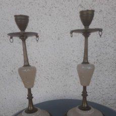 Antigüedades: CANDELABROS METAL Y ALABASTRO. Lote 219130443
