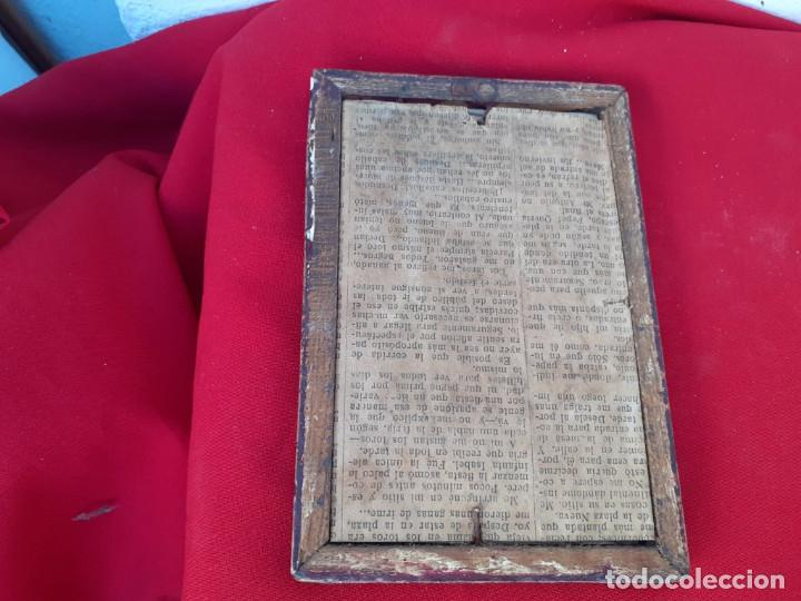 Antigüedades: marco antiguo con lamina religiosa - Foto 2 - 219169221