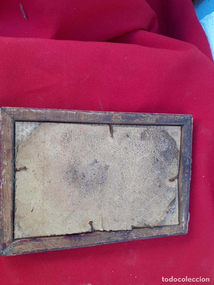 Antigüedades: marco antiguo con lamina religiosa - Foto 2 - 219169496