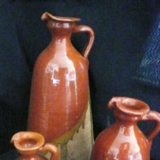 Antigüedades: LOTE DE 3 PRECIOSAS JARRAS DE TERRACOTA FIRMADAS POR TITO. ÚBEDA. LA GRANDE MIDE 38 CENTÍMETROS.. Lote 219286413