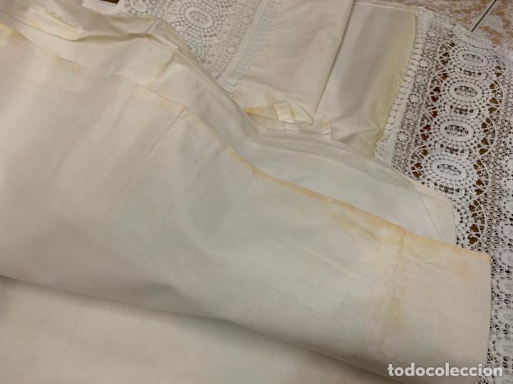 Antigüedades: Preciosa sabana con su funda de almohada. En algodon fino. Impecable. - Foto 8 - 219362796