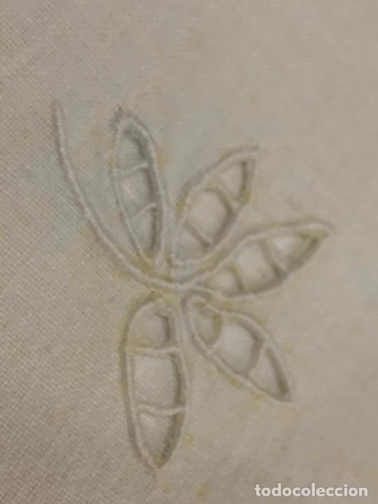 Antigüedades: Preciosa sabana antigua de algodon, con una funda de almohada. - Foto 2 - 219365793