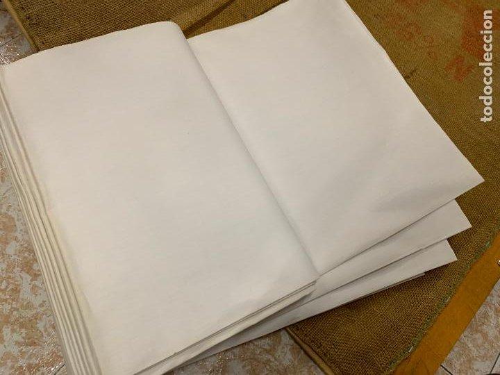 Antigüedades: Pieza de tela de puro algodon, para hacer sabanas, sin estrenar. Mide unos 18 metros x 165cms ancho - Foto 6 - 219368645