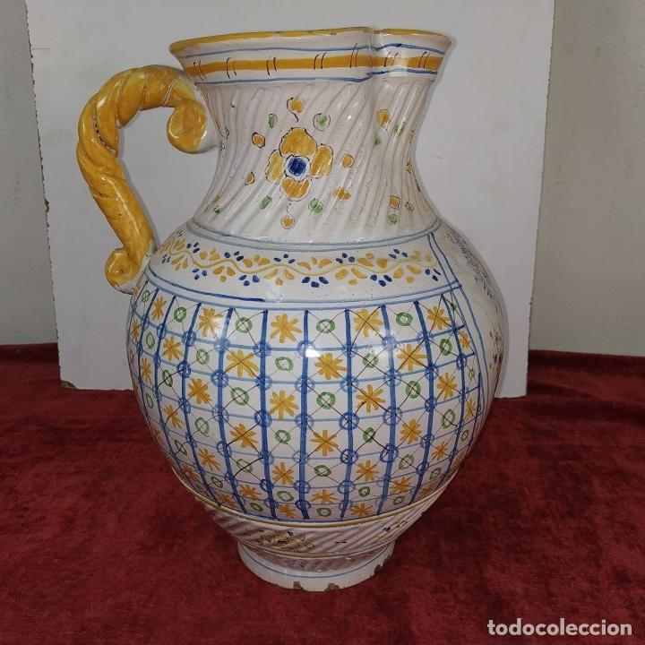 Antigüedades: GRAN JARRA FIRMADA NIVEIRO. CERÁMICA ESMALTADA. TALAVERA. ESPAÑA. SIGLO XX - Foto 9 - 219397761
