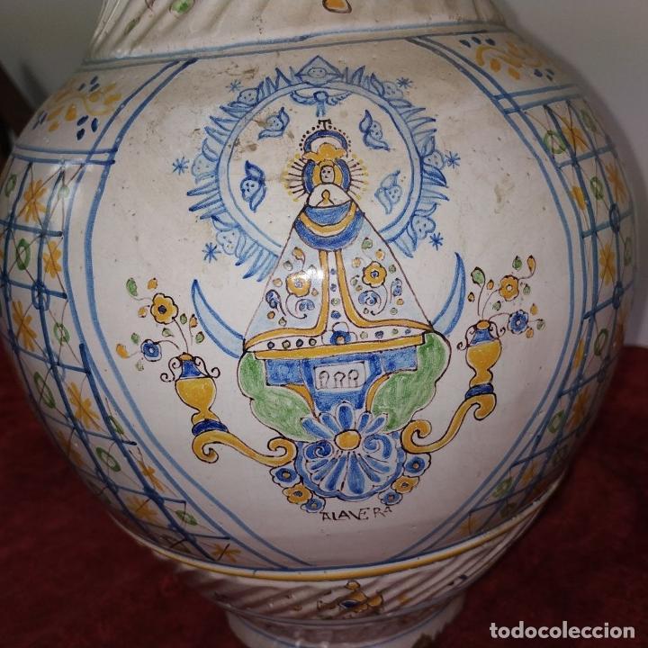 Antigüedades: GRAN JARRA FIRMADA NIVEIRO. CERÁMICA ESMALTADA. TALAVERA. ESPAÑA. SIGLO XX - Foto 11 - 219397761