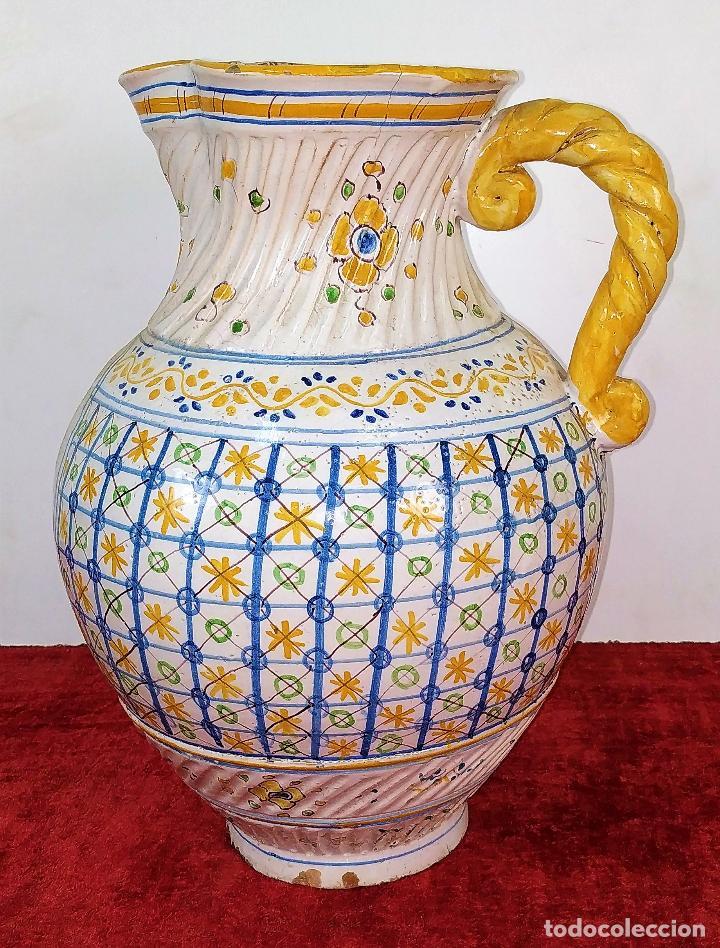 GRAN JARRA FIRMADA NIVEIRO. CERÁMICA ESMALTADA. TALAVERA. ESPAÑA. SIGLO XX (Antigüedades - Porcelanas y Cerámicas - Talavera)