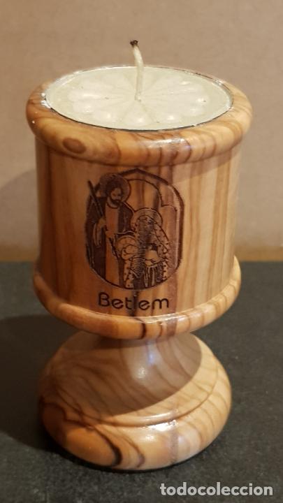 PORTAVELAS EN MADERA DE OLIVO / REAL OLIVE WOOD / MADE IN BETHLEHEM / 8 CM ALTO. / PERFECTO. (Antigüedades - Hogar y Decoración - Portavelas Antiguas)