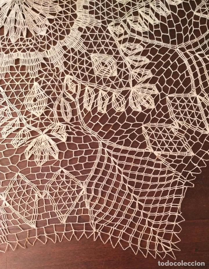 Antigüedades: Tp 42 Tapete grande beige y octogonal - Diagonal 67/68cm - Buen y bonito trabajo - Foto 2 - 219525093