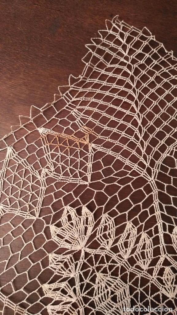 Antigüedades: Tp 42 Tapete grande beige y octogonal - Diagonal 67/68cm - Buen y bonito trabajo - Foto 4 - 219525093