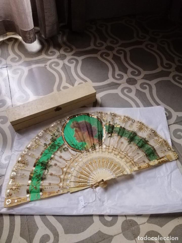 ABANICO MARFIL Y TUL (Antigüedades - Moda - Abanicos Antiguos)