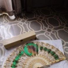 Antigüedades: ABANICO MARFIL Y TUL. Lote 219589732