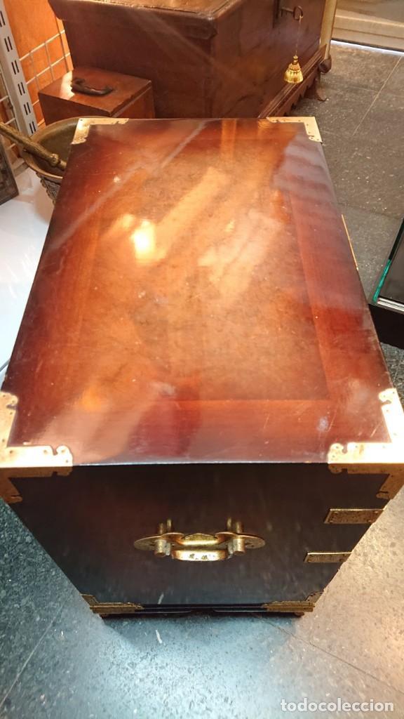 Antigüedades: PRECIOSO MUEBLE MADERA GABINETE / CABINET ORIENTAL CON ASAS 56 ANCHO X 35 CM FONDO X 58 ALTO - Foto 17 - 219595851