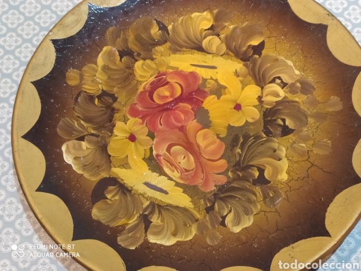 Antigüedades: Espectacular plato de cerámica pintado a mano siglo XIX - Foto 3 - 219623951