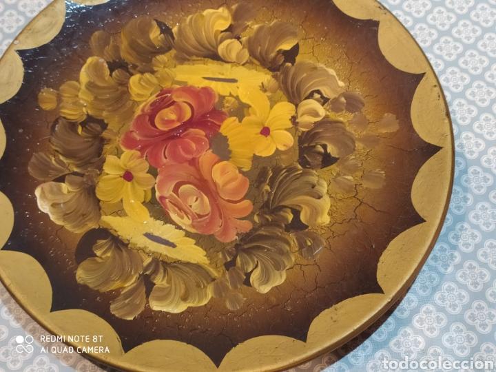 Antigüedades: Espectacular plato de cerámica pintado a mano siglo XIX - Foto 4 - 219623951