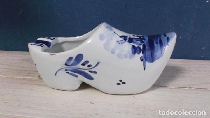 Antigüedades: Cenicero con forma de zueco - Ceramica Holandesa DELF - Foto 2 - 219904030