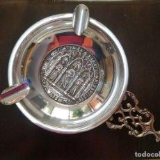 Antigüedades: CENICERO PLATEADO CON GRAVADOS ANTIGUOS.. Lote 219908451