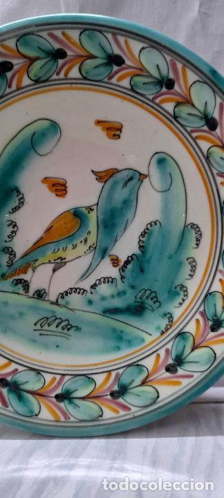 Antigüedades: plato para colgar - ceramica Puente del Arzobispo -- firmado PUENTE J.A - 24cm - Foto 6 - 219986132