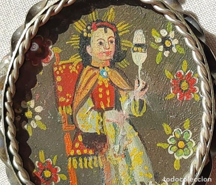 Antigüedades: MEDALLÓN DE VIRGEN CON NIÑO Y SANTO. ESCUELA DE CUZCO O CUSCO. ÓLEO. PRINC. S. XX - Foto 4 - 220060430