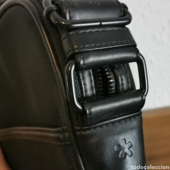 Antigüedades: Bandolera / bolso de hombre CELIO sin apenas uso. 240x200x40mm - Foto 3 - 220065510