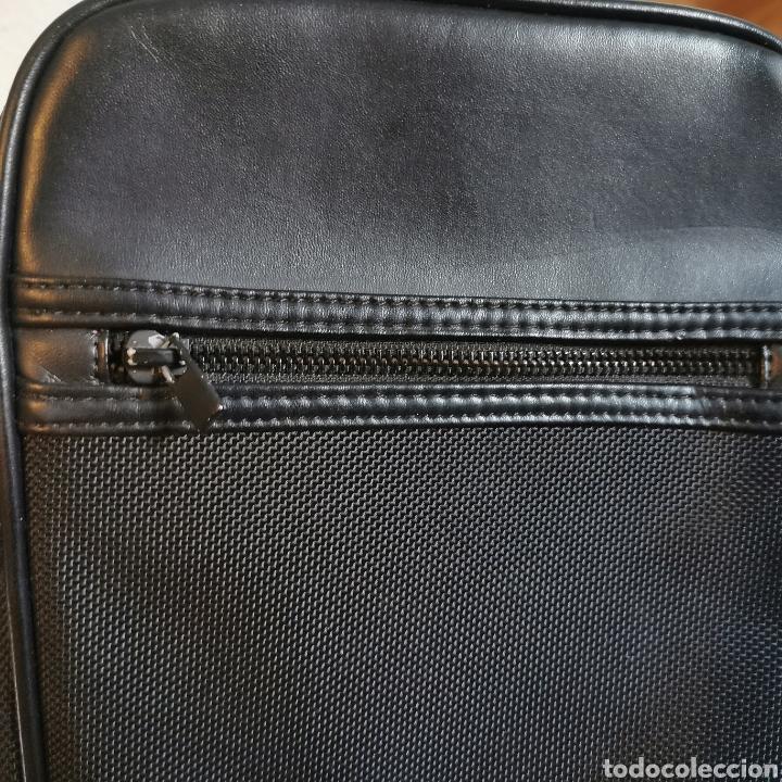 Antigüedades: Bandolera / bolso de hombre CELIO sin apenas uso. 240x200x40mm - Foto 7 - 220065510