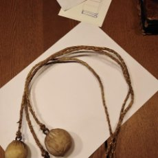 Antigüedades: ANTIGUAS BOLEADORAS PARA GANADO; QUE PIDEN A GRITOS GRASA DE CABALLO PERO POR TAN SÓLO OCHENTA EUROS. Lote 220291886