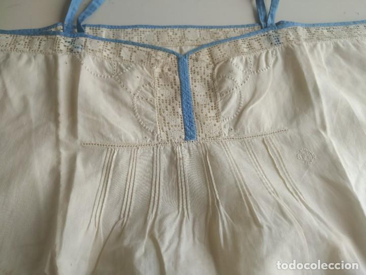 Antigüedades: Lote de dos camisas camisetas interiores de mujer. Algodón. Principios s. XX - Foto 4 - 220298776