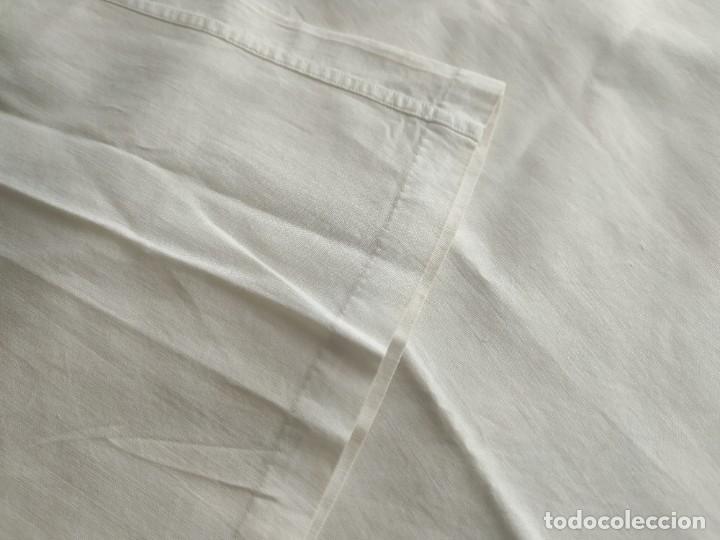 Antigüedades: Lote de dos camisas camisetas interiores de mujer. Algodón. Principios s. XX - Foto 6 - 220298776